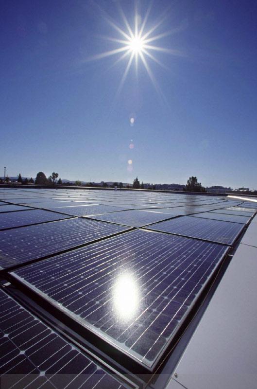 L ambiente una forma d arte comunicare l 39 energia for Pannelli solari solar